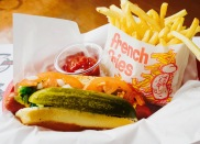 Hotdog w_ fries